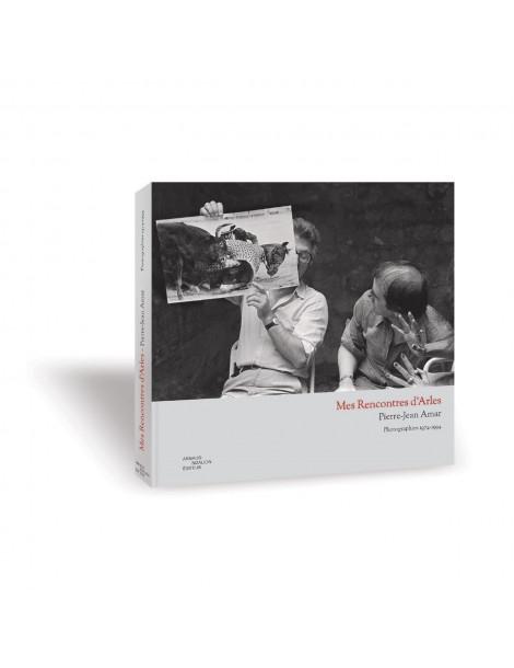 Lucien Clergue, David Hurn, et les mains de Mary Hellen Mark. Photographie Pierre-Jean AMar